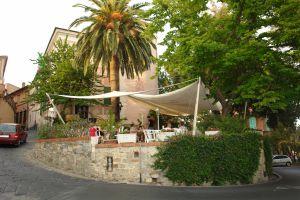 L'Osteria di Castello Restaurants