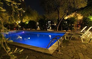 Holiday rental in an Agriturismo with a pool in a vineyard village in Liguria