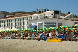 Bagni Kursaal*** Stranden in Ligurië