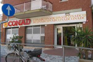 Conad Kruidenierswinkel in Ligurië