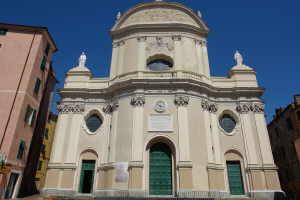 Collegiata di San Giovanni Battista Kerken in Ligurië