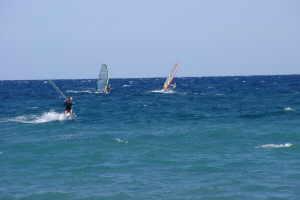 AKI Surfing Park Windsurfen in Ligurië