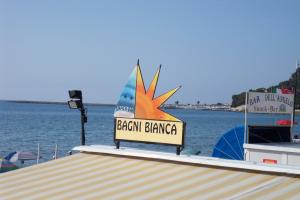 Bagni Bianca Stranden in Ligurië
