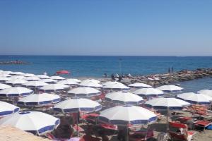 La Scala Azzurra Stranden in Ligurië