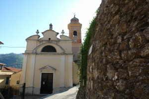 Santa Lucia Kerken in Ligurië