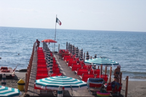 Bagni Marinella** Stranden in Ligurië