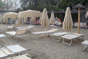 Bagni Ponterosso Stranden in Ligurië
