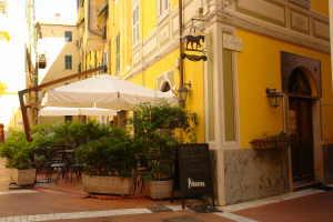 The Black Horse Café Restaurants in Ligurië