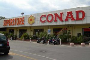 Conad Superstore Kruidenierswinkel in Ligurië