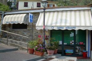 Mini Market Kruidenierswinkel in Ligurië