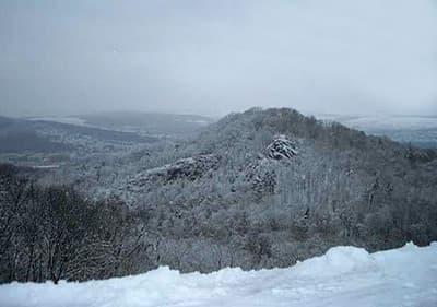 Bezoek de Alpenregio's in Ligurië en Piëmonte om van wintersport te genieten