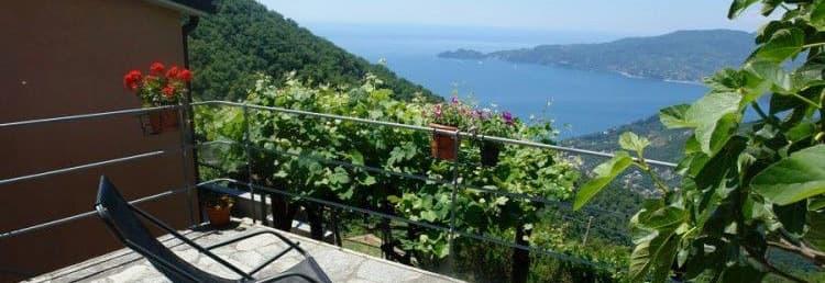 Vakantiewoning met een prachtig uitzicht op zee op een rustige locatie in Ligurië
