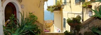 Uitzicht op Cervo in Ligurië