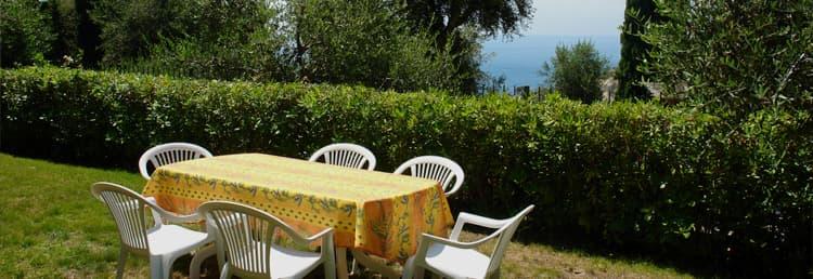 Hvakantiehuis met een fantastisch uitzicht op zee en de tuin in Ligurië