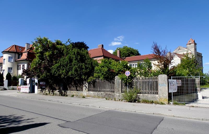 External View of BlumenRiviera Office