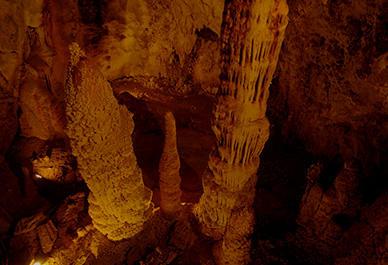 Verken de unieke grotten van Toirano