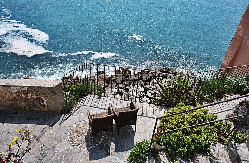 Prachtig uitzicht op de zee in Lerici