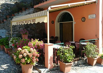 Restaurant Wolf's Den in Lingueglietta