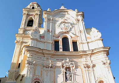 Het festival Musica da Camara vindt plaats naast de kerk van Cervo