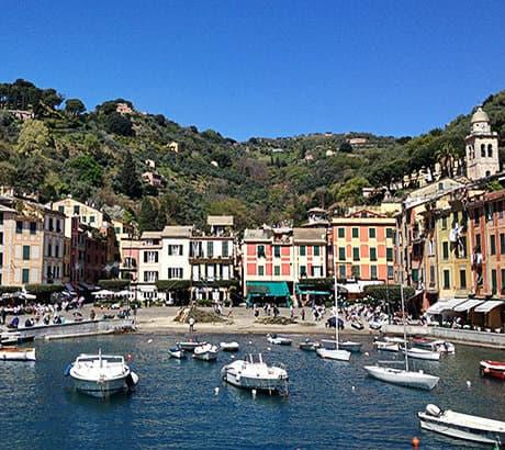 Een prachtig uitzicht op de haven in Portofino