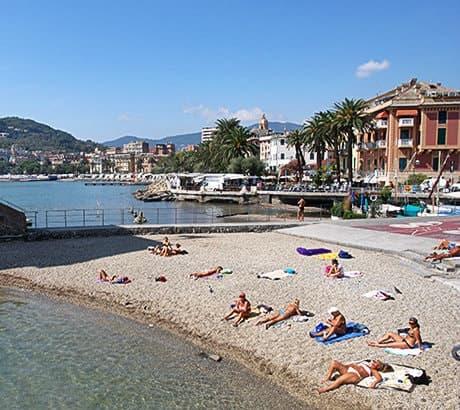 Uitzicht op Rapallo in Ligurië