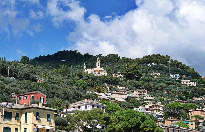 Een prachtig uitzicht op de vakantiebestemming Recco