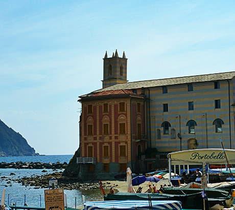 Uitzicht op Sestri Levante in Ligurië