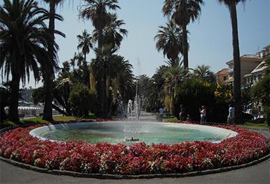 Bezoek Varazze in Ligurië en ontdek de mooie haven en het oude gedeelte van de stad