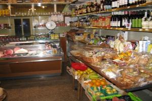 Alimentari Piazza Roma Kruidenierswinkel in Ligurië