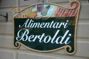 Alimentari Bertoldi Kruidenierswinkel in Ligurië
