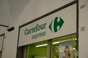 Carrefour Express Kruidenierswinkel in Ligurië