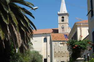 La Parrocchia di San Bartolomeo Apostolo Kerken in Ligurië