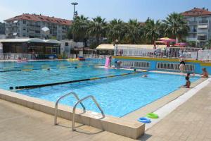 Pizzemporio Zwembad in Ligurië