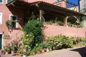 Locanda Ristorante Borgo Antico Restaurants in Ligurië