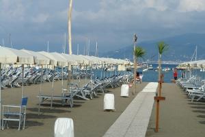 Spiaggia Segesta Stranden in Ligurië