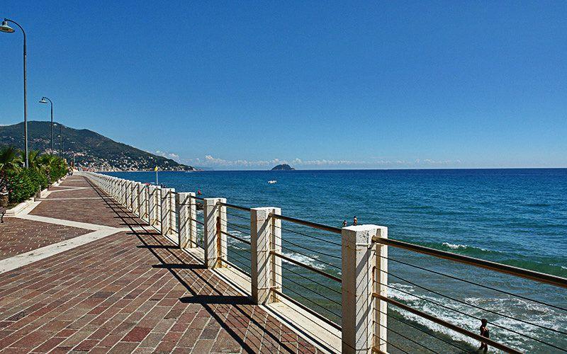 Promenade van Alassio