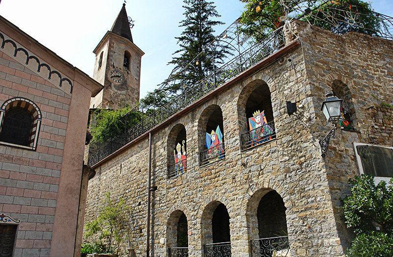 Uitzicht vanaf Castello della Lucertola in Apricale