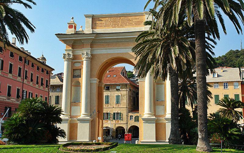 Arco di Margherita di Spagna in Finale Ligure