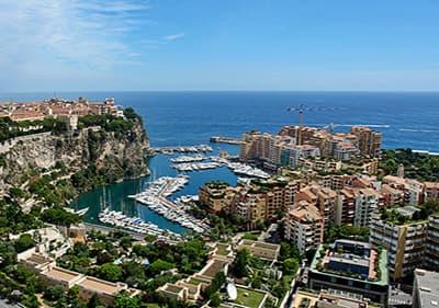 Uitzicht vanaf de Monte Carlo aan de Cote d'Azur, Frankrijk