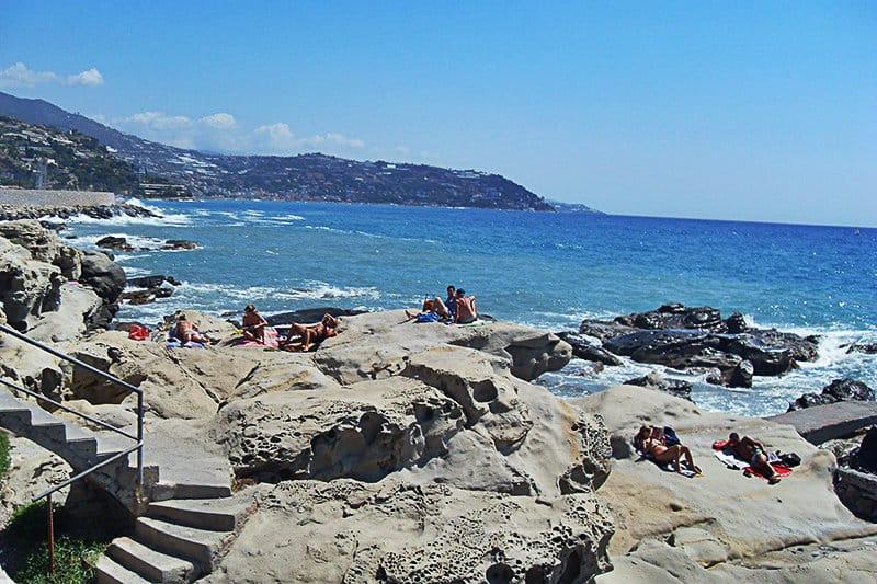 Een prachtig strand van Bordighera