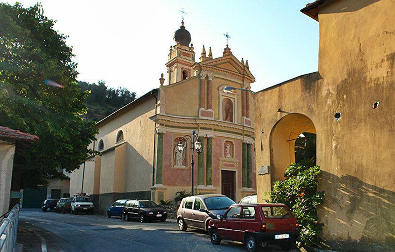 Een kerk in Gazzelli