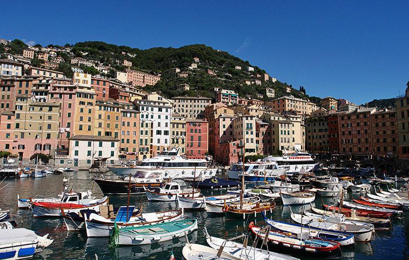 Een mooie haven van Camogli