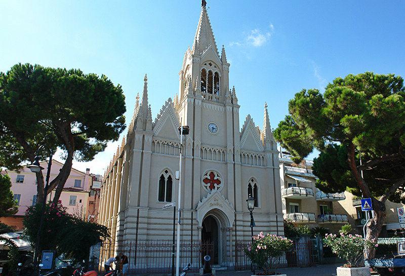 Church Ave Maris Stella in het centrum van Imperia