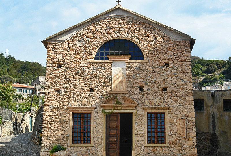 Een kerk in Borgio Verezzi, Ligurië