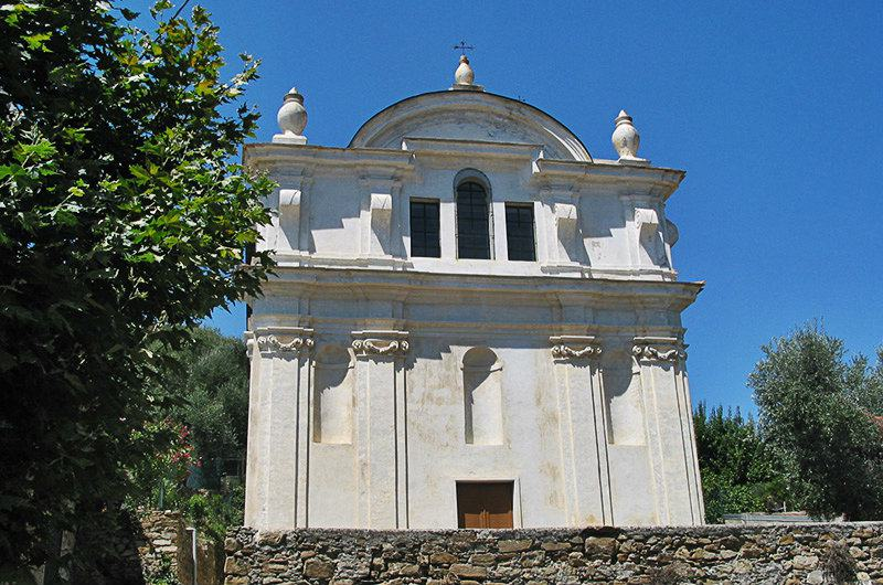Een kerk in Moltedo, Ligurië