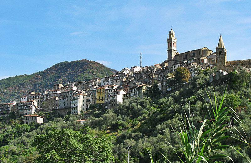 Een prachtig uitzicht op vakantiebestemming Molini di Triora
