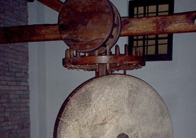 Olive Press in Museo dell'Olivo, Imperia