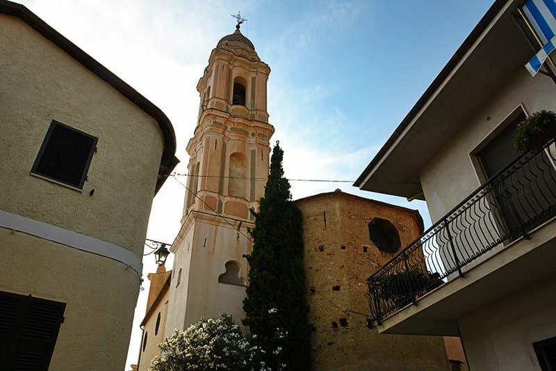 Een mooie kerk in Riva Ligure